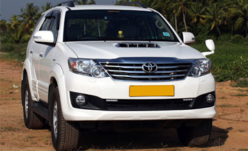 Fortuner Car Hire in Amritsar
